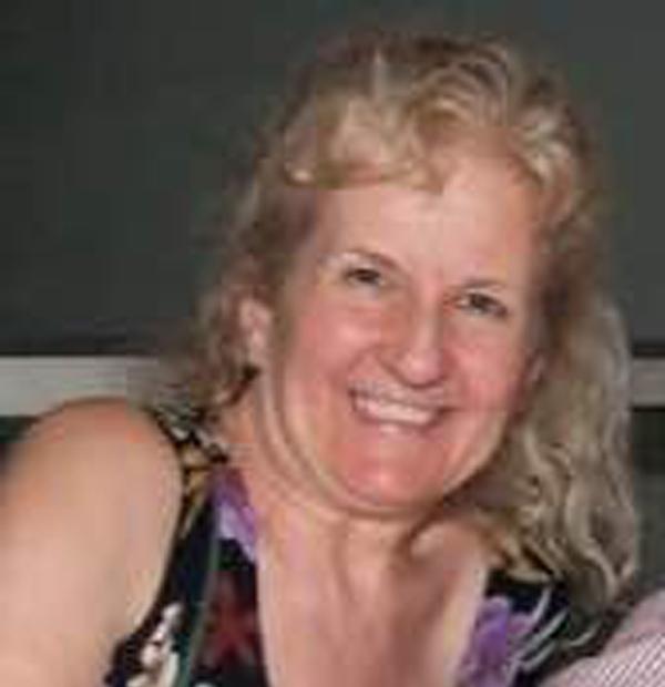 LAURA CARTER Board Member